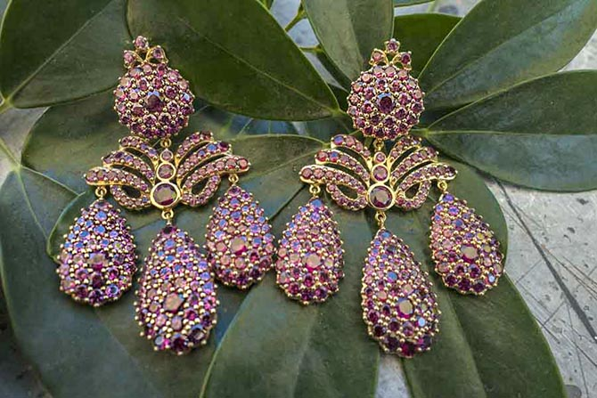 Rhodolite, silver and 18K gold Marquise Palace girandoles by Sylvie Corbelin Photo by Sally Davies