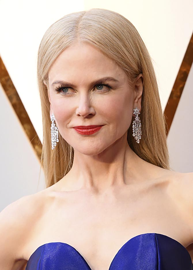Nicole Kidman in Harry Winston earrings at the 2018 Oscars