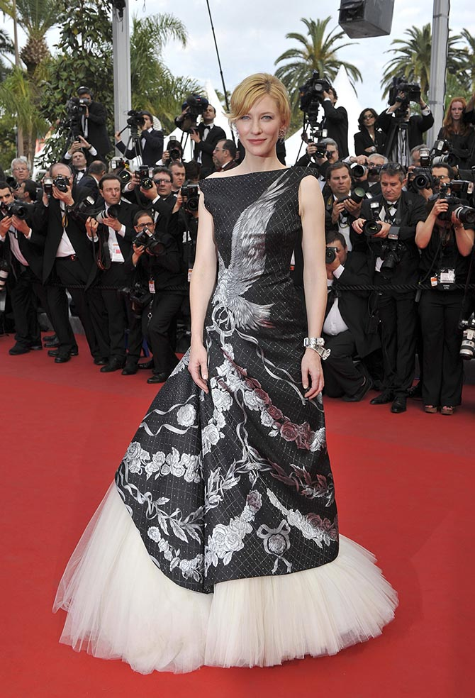 Cate Blanchett wearing Van Cleef & Arpels jewels and an Alexander MCQueen gown attends the Opening Night Premiere of 'Robin Hood' at the Palais des Festivals during the 63rd Annual International Cannes Film Festival on May 12, 2010 in Cannes, France. (Photo by Mike Marsland/WireImage)