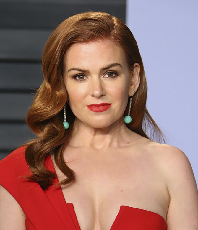 Isla Fisher in earrings by Irene Neuwirth