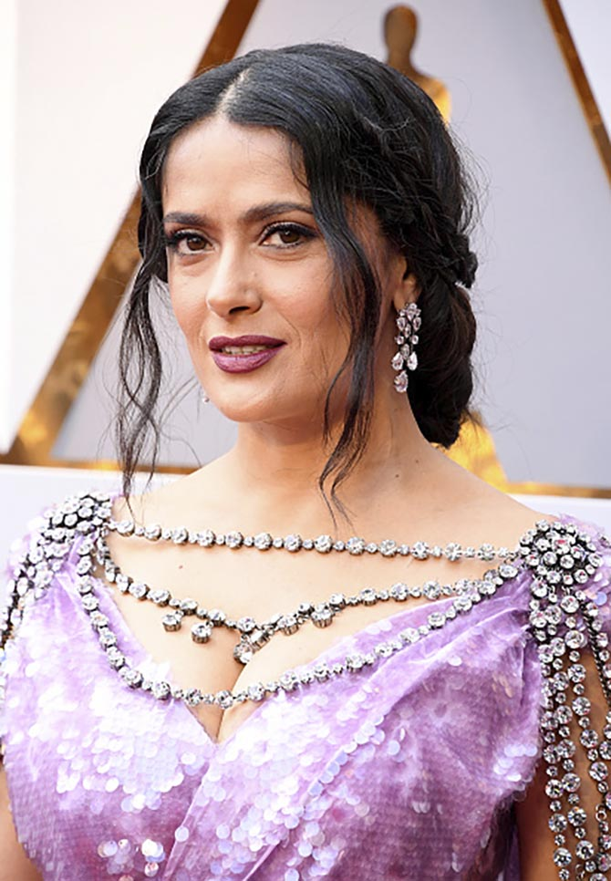 Salma Hayek Pinault in Harry Winston earrings at the 2018 Oscars