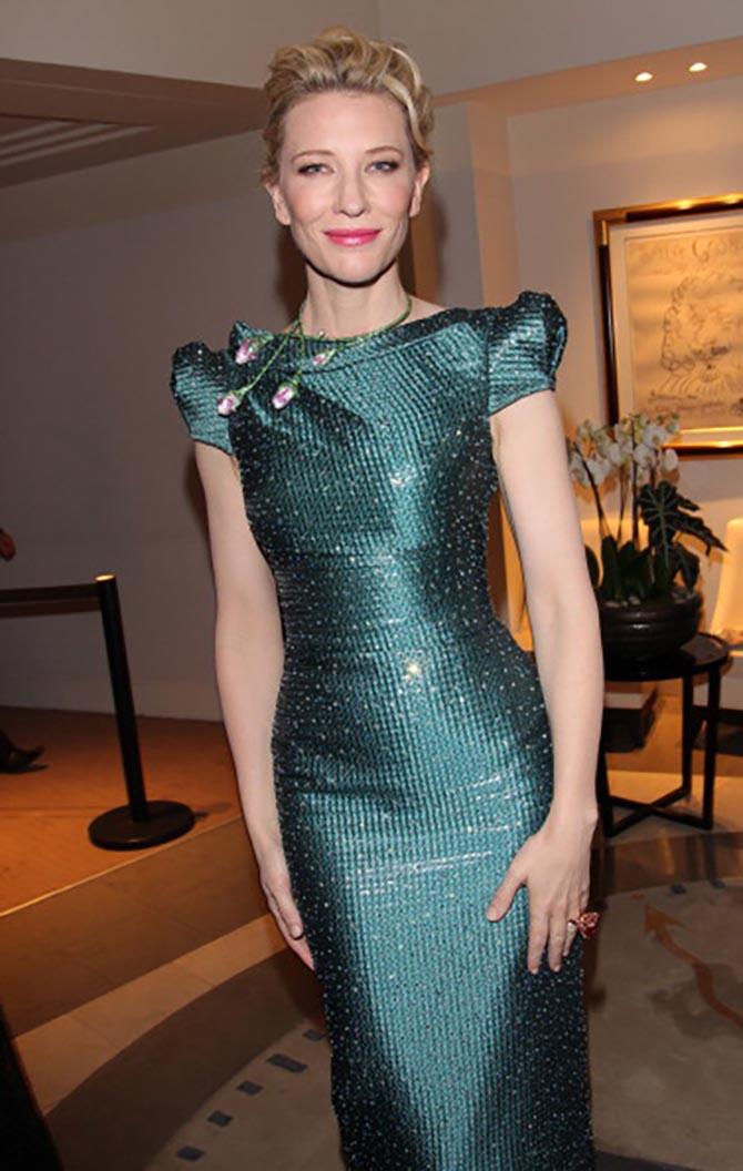 Cate Blanchett in a Chopard flower necklace