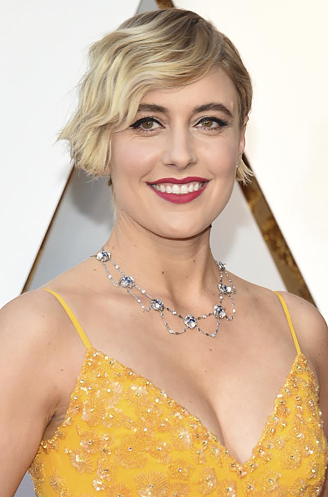 Greta Gerwig in a vintage Tiffany necklace at the 2018 Oscars