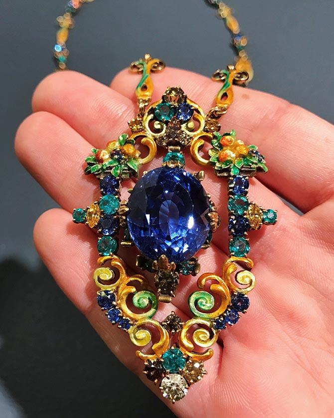 Paulding Farnham necklace set with a Montana sapphire @levi_higgs/Instagram