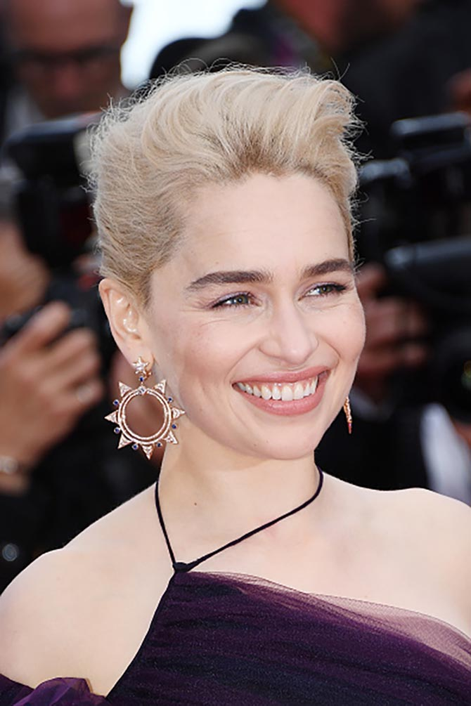 Emilia Clarke in earrings by Bulgari at the Solo Premiere