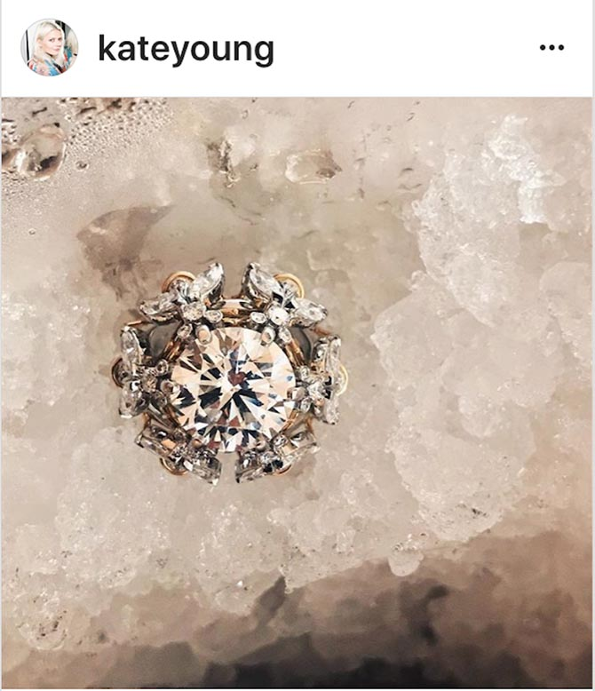 Stylist Kate Young put a jewelry icon on ice for her Instagram post teasing the diamond pieces her client Selena Gomez wore on the red carpet.