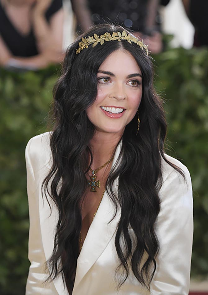 Katie Lee looked angelic in vintage Fred Leighton jewels and a white gown.