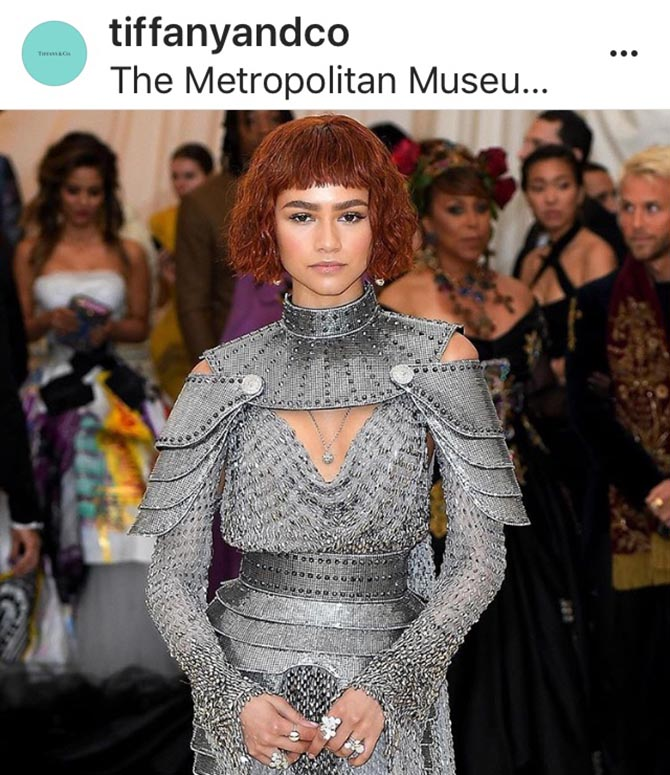 Zendaya became Joan of Arc in her custom Versace light up with Tiffany rings and a perfectly place ball necklace.