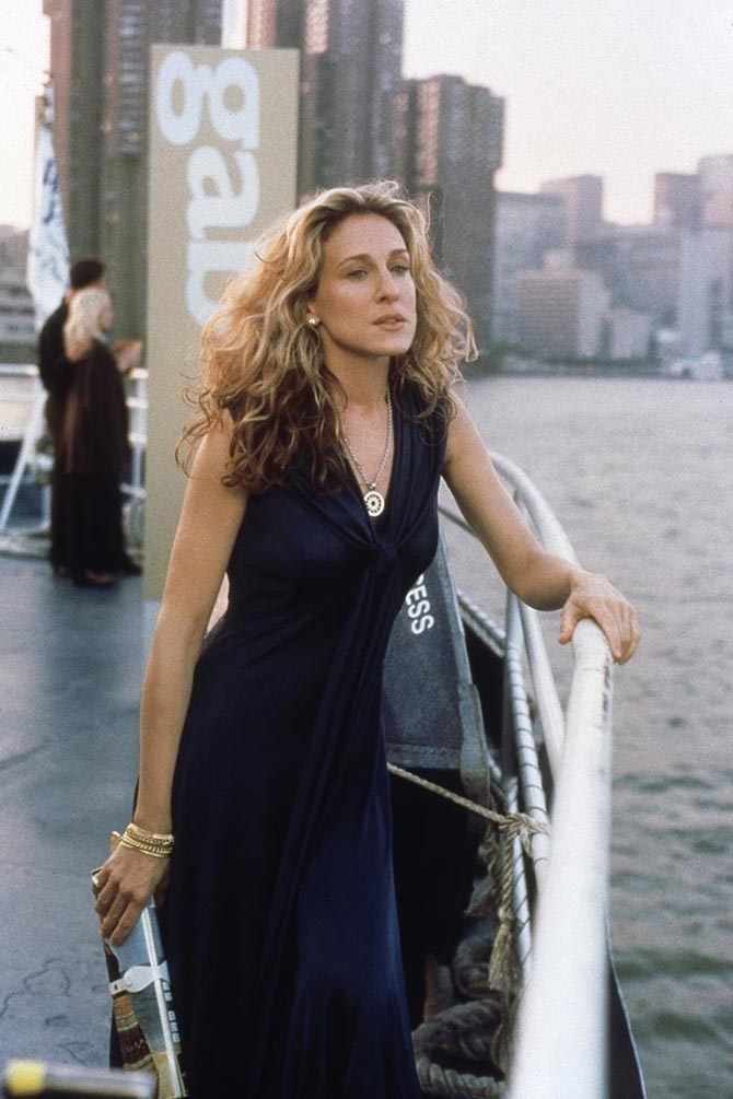 Sarah Jessica Parker wearing the Bulgari Tondo Necklace with a vintage Halston Dress. Photo