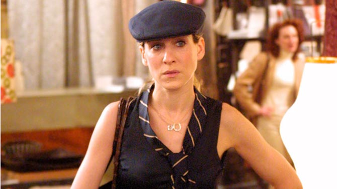 Sarah Jessica Parker in two Mia & Lizzie diamond horseshoe necklaces.