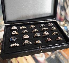 The AdventurinePostsWhy I Love the Antique Jewelry & Watch Show