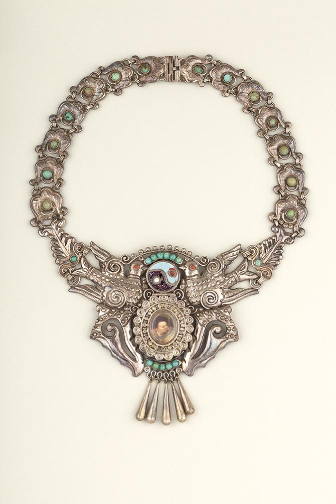 Necklace made by Matilde Poulat, Mexico City, c.1950. Museo Frida Kahlo. Photograph Javier Hinojosa. © Diego Riviera and Frida Kahlo Archives, Banco de México, Fiduciary of the Trust of the Diego Riviera and Frida Kahlo Museums.