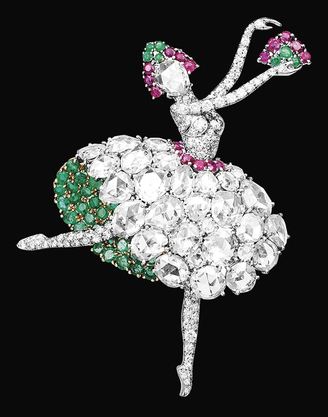 Spanish dancer clip of emerald, rubies and rose-cut diamonds made by Van Cleef & Arpels in 1941. Photo courtesy