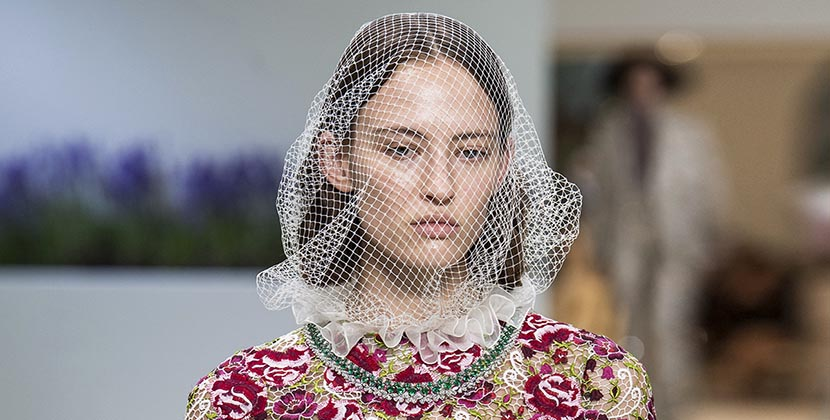 The Adventurine Posts See the Jewelry Fireworks at Giambattista Valli