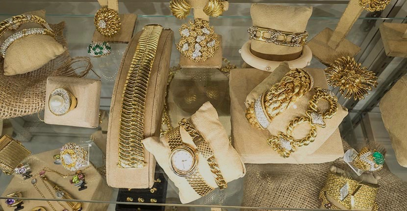 The Adventurine Posts Why I Love the Antique Jewelry & Watch Show