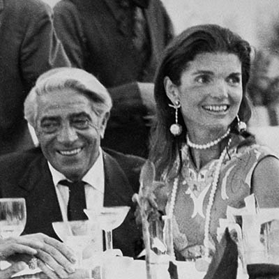 The Adventurine Posts The Story Behind Jackie Kennedy's Moon Earrings