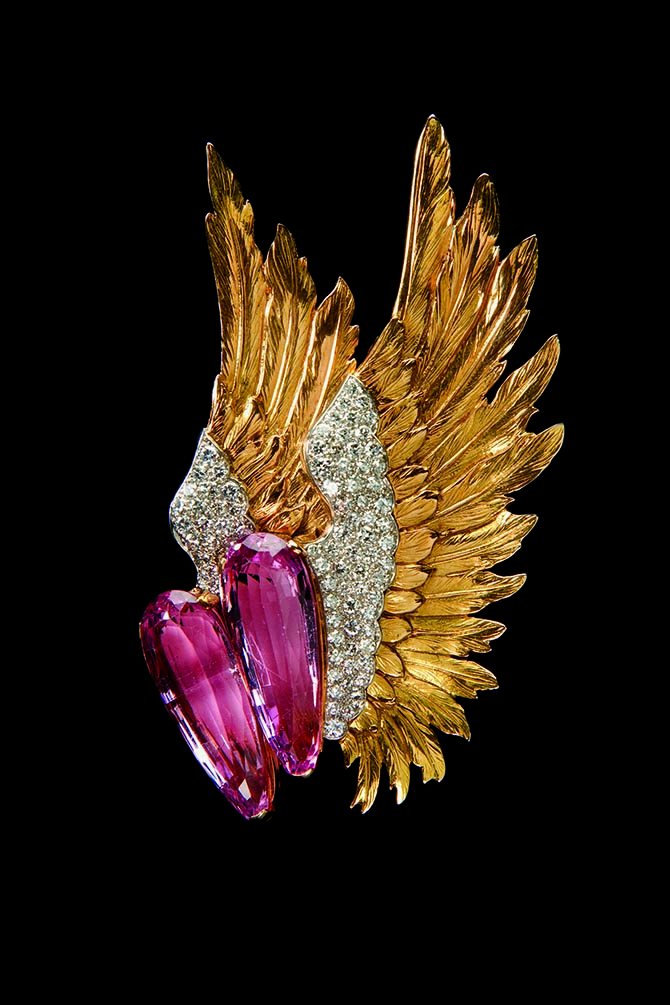 The pink topaz, diamond and gold Wing brooch by Verdura formerly from the collection of Joan Fontaine. Photo courtesy of Verdura