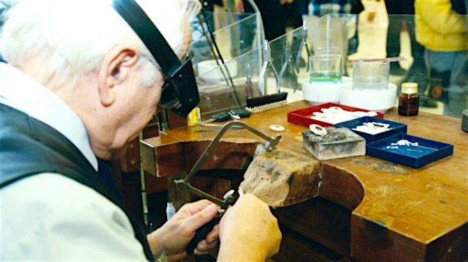 Greek jeweler at his bench. Photo The Greek Reporter
