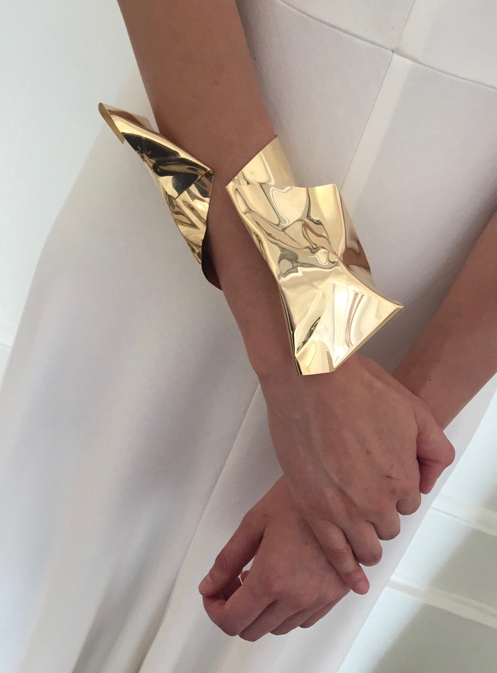 Ana Khouri bracelet inspired by her sculpture. Photo Marion Fasel