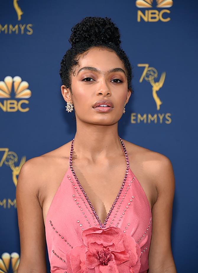 Yara Shahidi wore diamond earrings by Forevermark.
