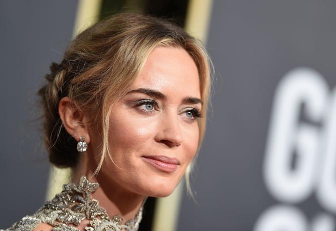 Emily Blunt in Neil Lane diamond earrings.
