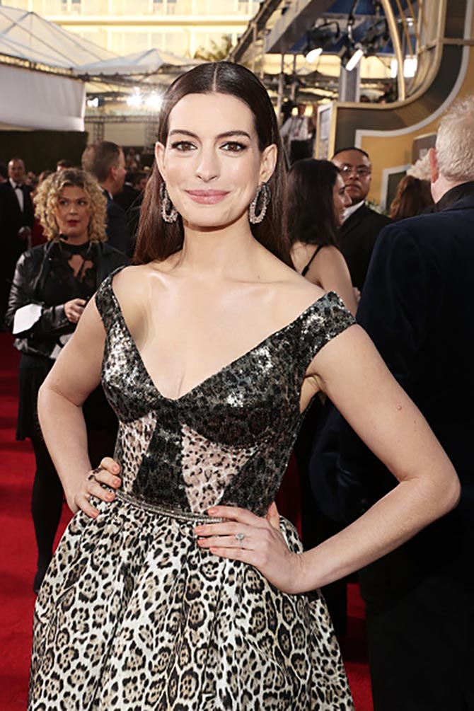 Anne Hathaway in Lorraine Schwartz earrings