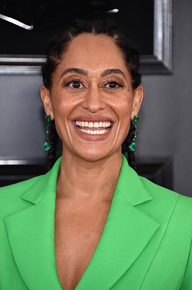 Tracee Ellis Ross wore emerald earrings by Lorraine Schwartz