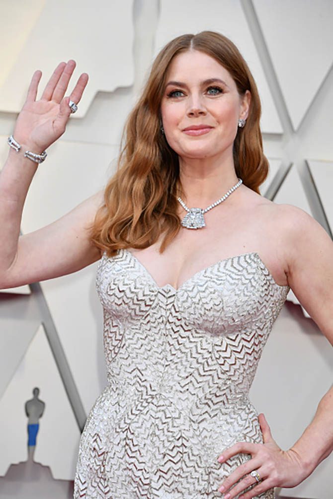 Amy Adams wore vintage jewelry by Cartier