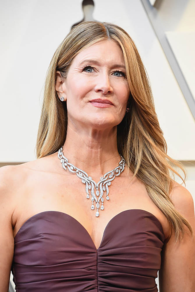 Laura Dern wore a necklace by Winston