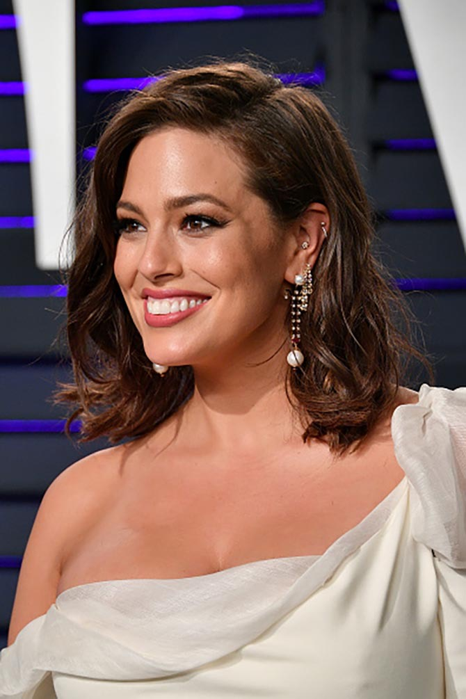 Ashley Graham wore Hanut Singh earrings