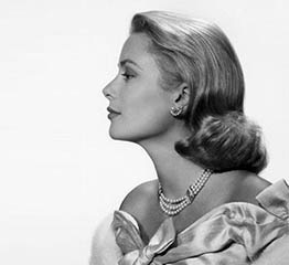 The AdventurinePostsThe Story of Grace Kelly's Pearls