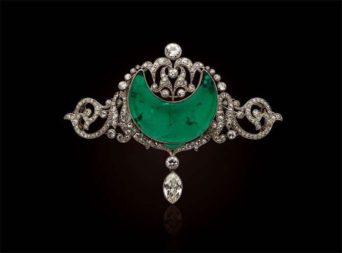 Belle Epoque emerald and diamond brooch formerly in the collection of Anita Delgado being sold at Christie's in New York. Photo Christie's