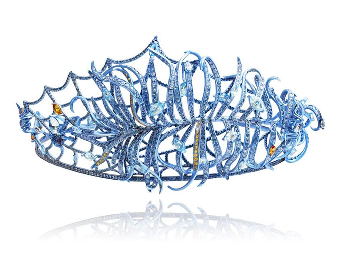 Tiara from Lydia Courteille's 2019 collection inspired by Marie Anotoinette. Photo courtesy