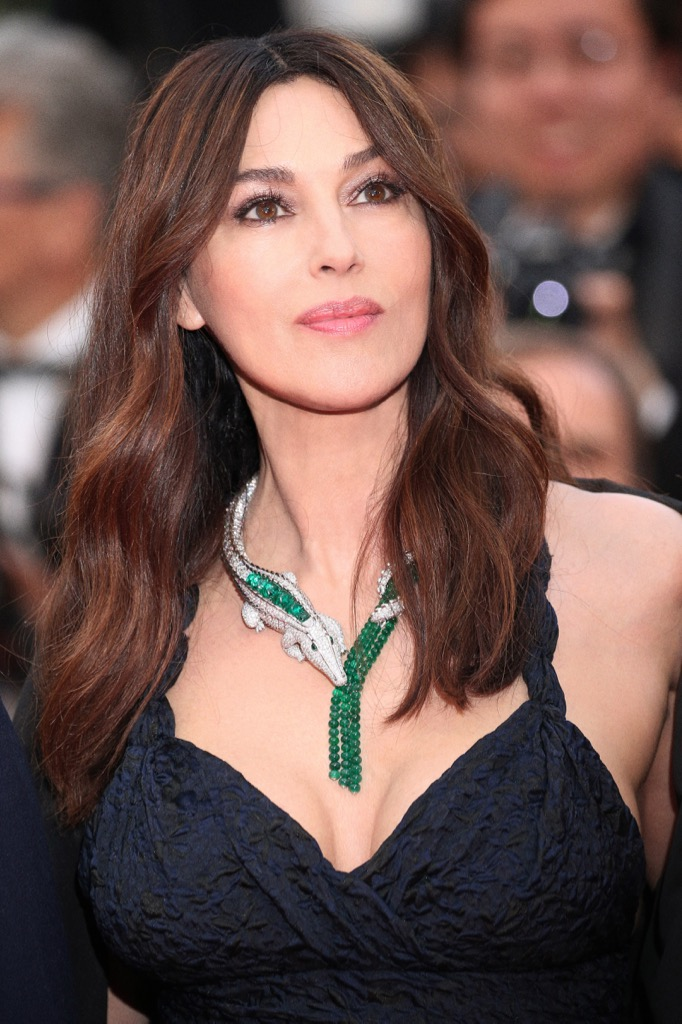 Monica Bellucci wearing the María Félix's crocodile necklace by Cartier. The piece was created in homage to a 1976 design the that Bellucci wore to Cannes in 2006.