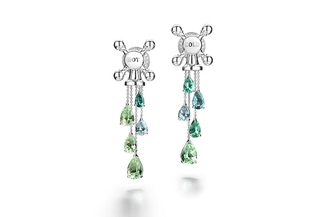 Hot and Cold diamond and tourmaline earrings by Suzanne Syz. Photo courtesy