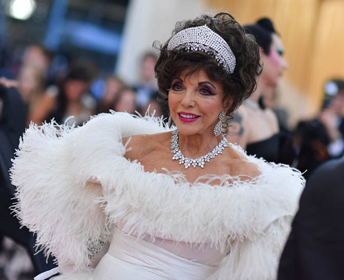 Joan Collins wore diamond jewels at the 2019 Met Gala