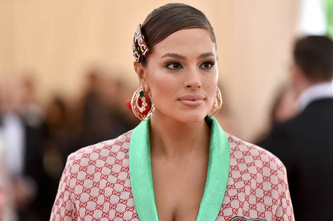 Ashley Graham wore hoop earrings by Heub and Amwja at The 2019 Met Gala