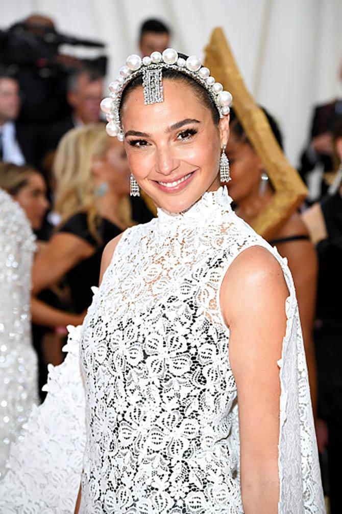 Gal Gadot wore Tiffany jewels at The 2019 Met Gala