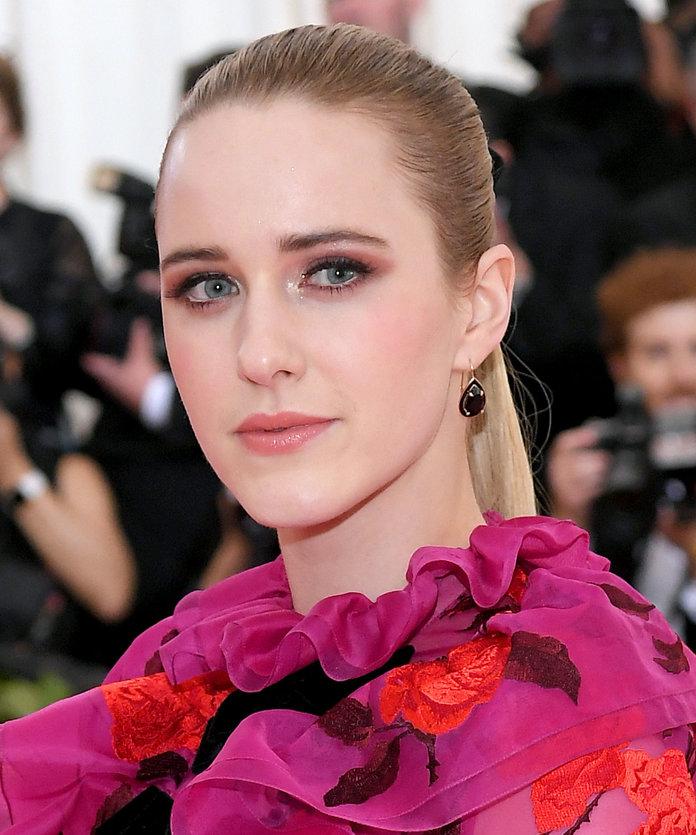 Rachel Brosnahan wore earrings by Alison Lou
