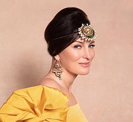 The AdventurinePostsInstagram Influencers Model The Al Thani Jewels