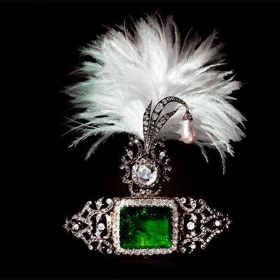 The AdventurinePostsIndian Jewels Ignite the Dreams of An Author