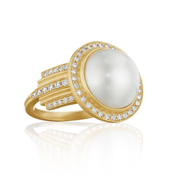 Doryn Wallach pearl, diamond and gold ring worn by Emma Thompson in Late Night