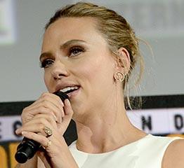 The AdventurinePostsScarlett Johansson's Engagement Ring Is EPIC