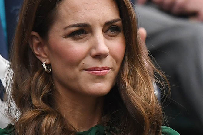 Kate Middleton wore Asprey's gold and diamond small Oakleaf hoop earrings.