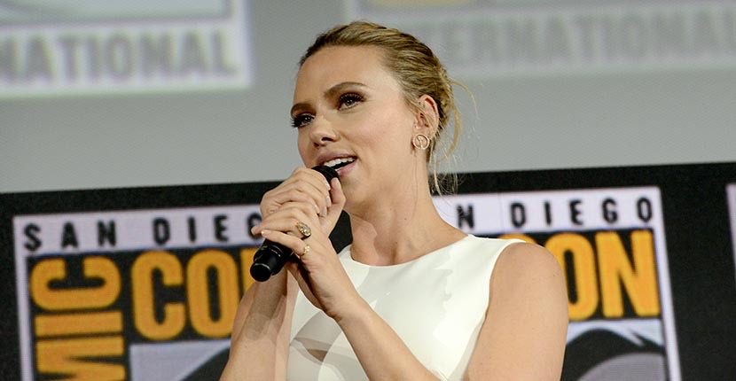 The Adventurine Posts Scarlett Johansson's Engagement Ring Is EPIC