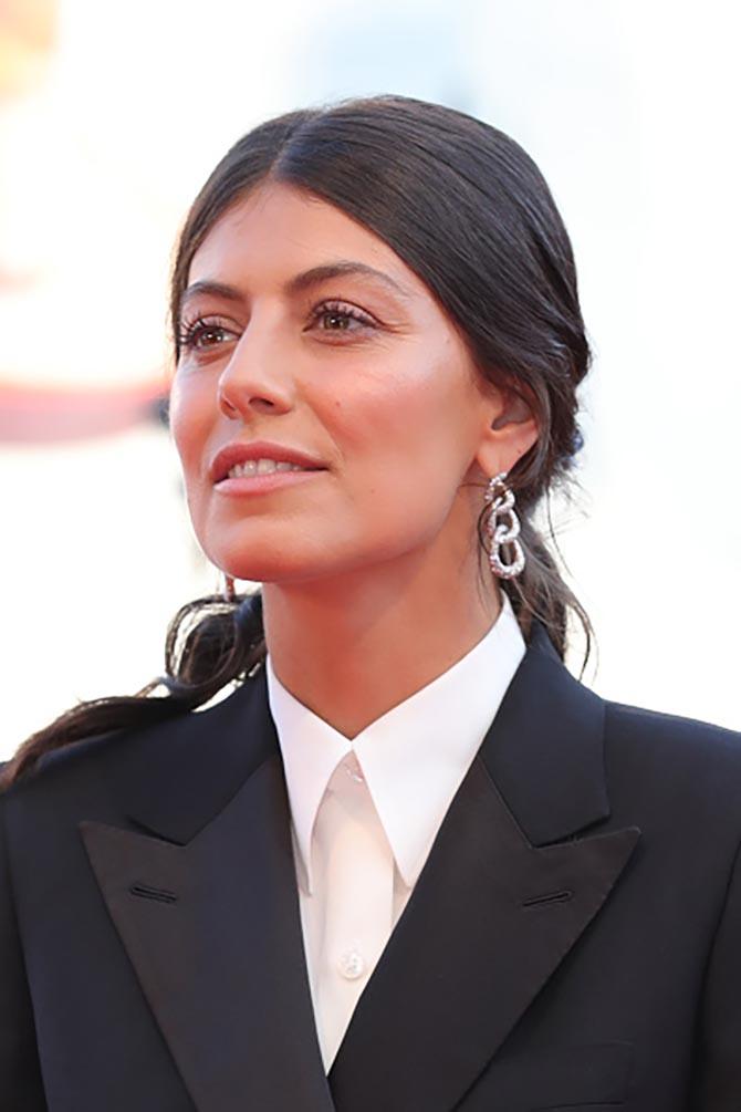 Alessandra Mastronardi wore Pomellato diamond earrings at screening of the J'Accuse.