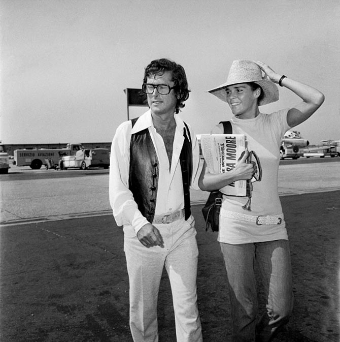 In July 1971, Robert Evans was photographed at the airport in Rome with Ali MacGraw who is wearing a Cartier Tank watch.
