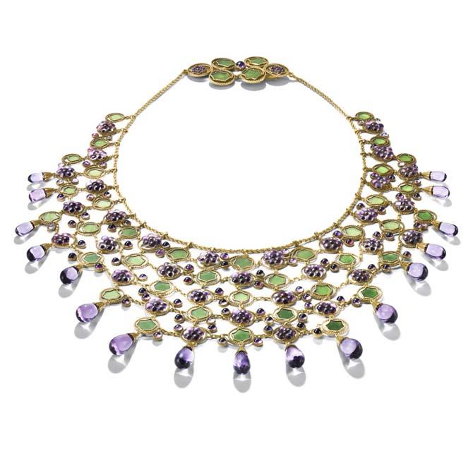 Grape Vine Bib necklace by Tiffany made around 1900