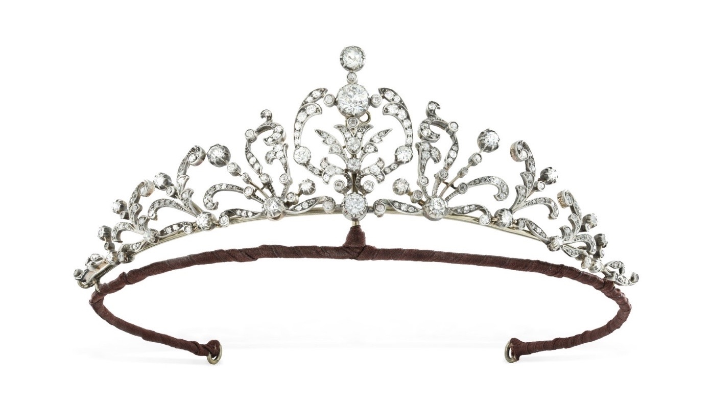 The Victorian diamond foliage tiara from Bentley & Skinner worn by Lady Violet