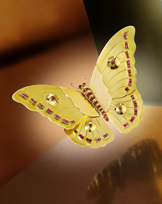 NEW YORK LOT 86 – An 18K gold and ruby butterfly brooch by Van Cleef & Arpels, French, circa 1940